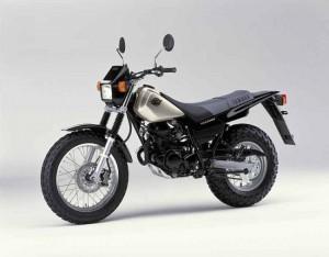 Yamaha TW125 manuale
